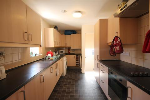 6 bedroom house share to rent - Hazelwood Avenue, Jesmond