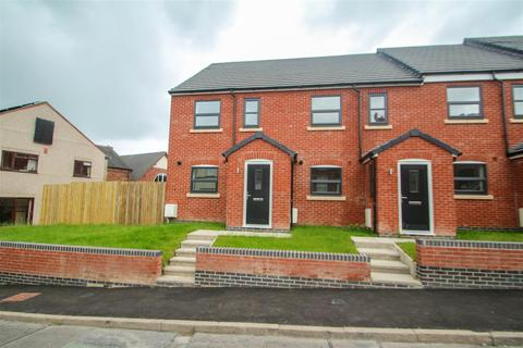 3 bedroom townhouse to rent - High Street, Halmer End, Stoke-On-Trent