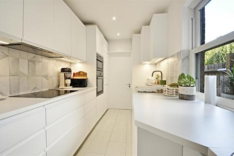 2 bedroom terraced house for sale - Albany Road, Brentford