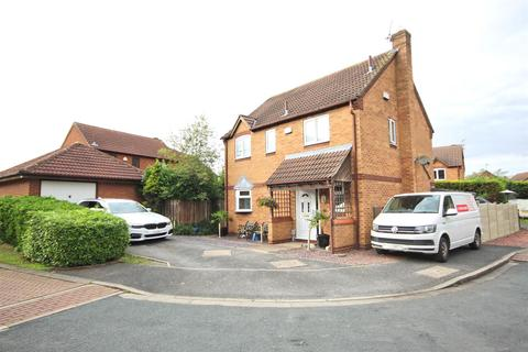 4 bedroom detached house for sale - Southwell Close, Beverley