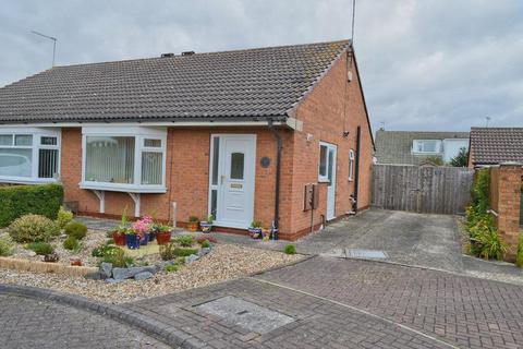 2 bedroom bungalow for sale - Rowan Walk, Hornsea