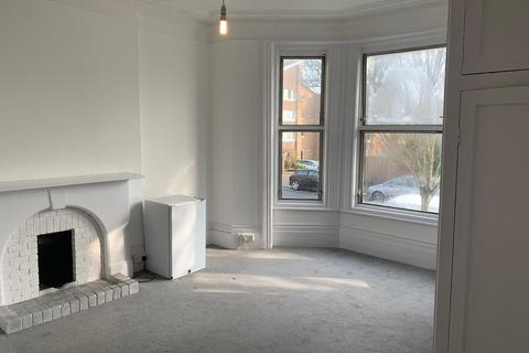 Studio to rent - Denmark Villa, Hove BN3