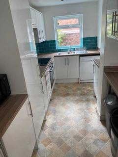 6 bedroom semi-detached house to rent - Rippingham Road, Withington