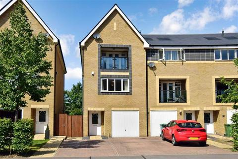4 bedroom townhouse for sale - Chapel Drive, Dartford, Kent