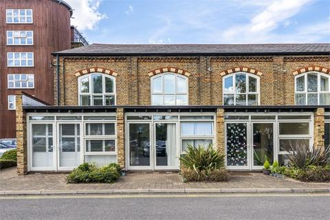 3 bedroom terraced house for sale - George Little House, Borough Road, Isleworth, Middlesex