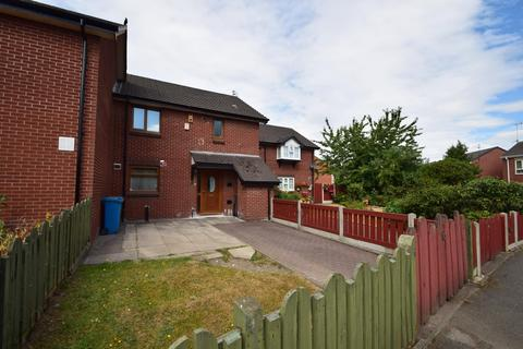 3 bedroom terraced house to rent - Culmington Close, Manchester, M15 5HR