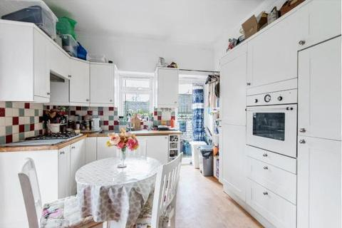 2 bedroom house to rent - Fulham Palace Road, Fulham, London, SW6 6HR