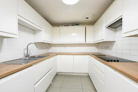 2 bedroom flat for sale - Sandringham Court, King and Queen Wharf, Rotherhithe Street, London SE16