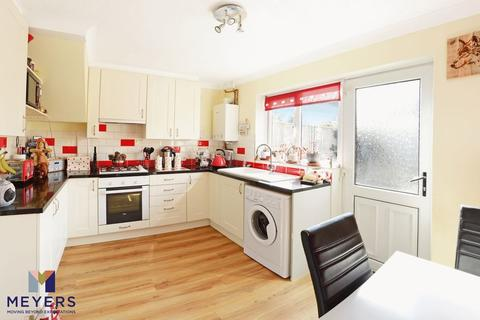 2 bedroom terraced house for sale - Clyffe View, Crossways, DT2