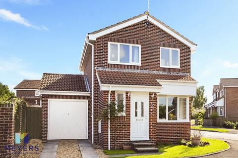 3 bedroom detached house for sale - Clyffe View, Crossways, DT2