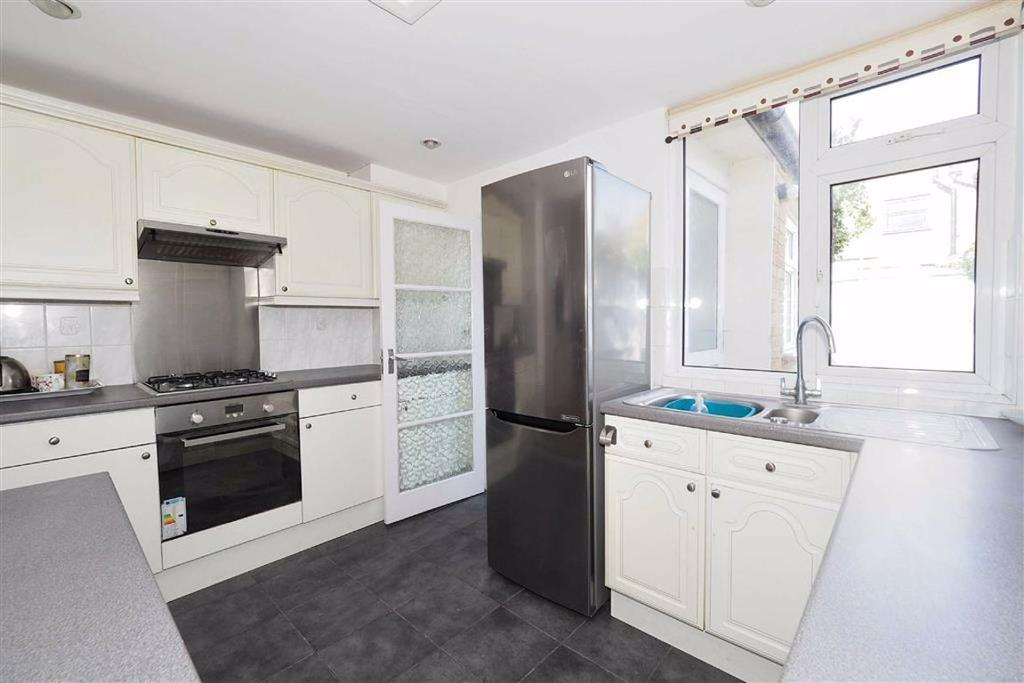 Open fitted kitchen