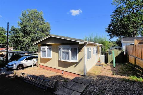 2 bedroom park home for sale - Eighth Avenue, Tilehurst, Reading