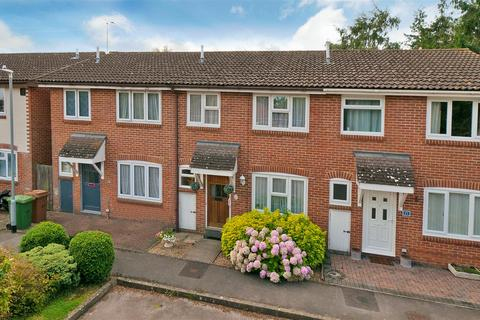 3 bedroom terraced house for sale - St. Andrews Close, Paddock Wood, Tonbridge
