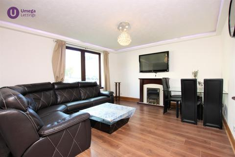 2 bedroom flat to rent - Robertson Avenue, Slateford, Edinburgh, EH11 1PS