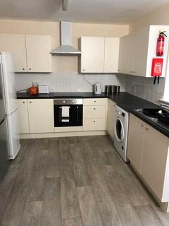 4 bedroom apartment to rent - North Road East, Plymouth