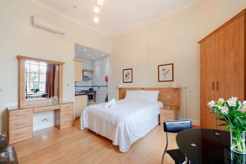 Studio to rent - 91 Gloucester Place, Marylebone