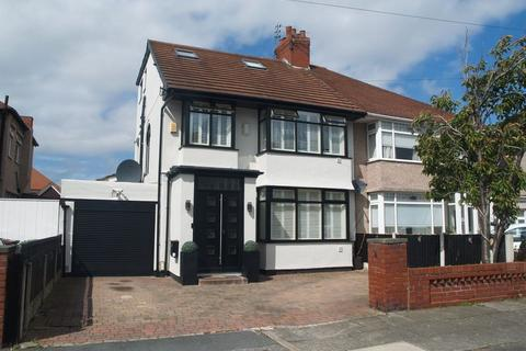 4 bedroom semi-detached house for sale - Ronaldsway, Liverpool