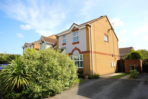3 bedroom semi-detached house for sale - Wise Close, Beverley