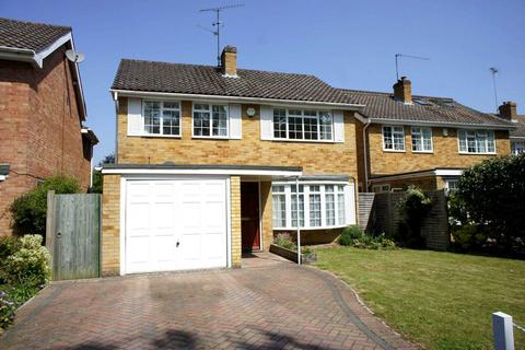 3 bedroom detached house for sale - Woburn Close, Caversham Heights