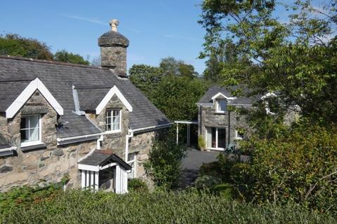 5 bedroom semi-detached house for sale - Gardden, Maes Caled, Dolgellau LL40 1UE