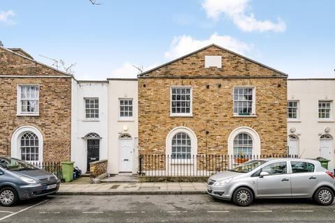 2 bedroom flat for sale - Croston Street, Hackney, London E8