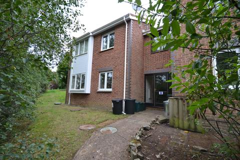 1 bedroom flat to rent - Howard Close, Exeter, EX4 2LX
