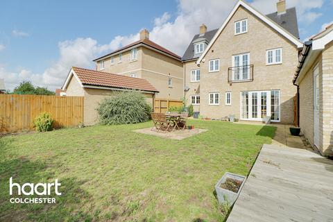 4 bedroom detached house for sale - Axial Drive, Colchester