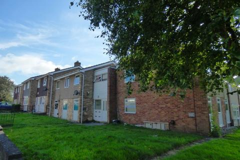 1 bedroom ground floor flat for sale - Mardale Gardens, Harlow Green , Gateshead, Tyne and Wear, NE9 6QA