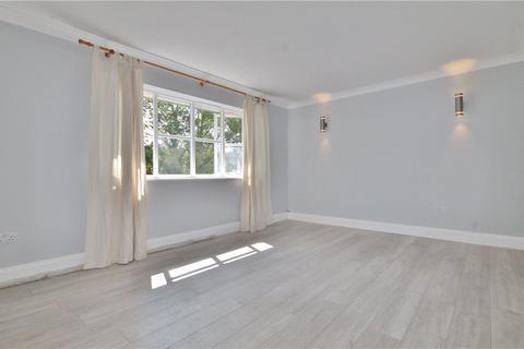 2 bedroom apartment to rent - Alexandra Gardens, Woking, Surrey, GU21