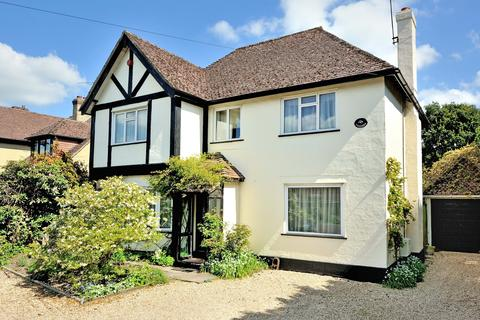 3 bedroom detached house for sale - Trecarn, Christys Lane, Shaftesbury, Dorset, SP7 8NQ