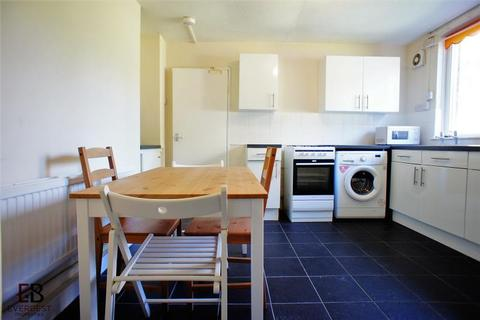 3 bedroom flat to rent - Coppice Way, Shieldfield