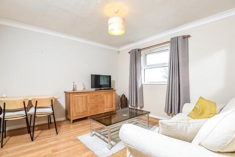 1 bedroom flat to rent - Acton Lane Chiswick W4