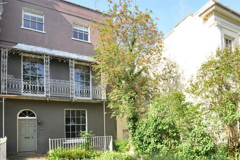 5 bedroom end of terrace house for sale - Cheltenham, Gloucestershire