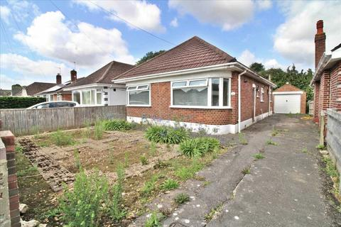 3 bedroom detached bungalow for sale - Woodfield Road, Bournemouth