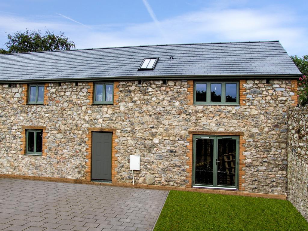 Chudleigh, Devon 3 bed barn conversion for sale - £325,000