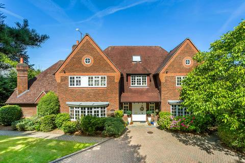 6 bedroom detached house for sale - Neb Lane, Oxted, RH8