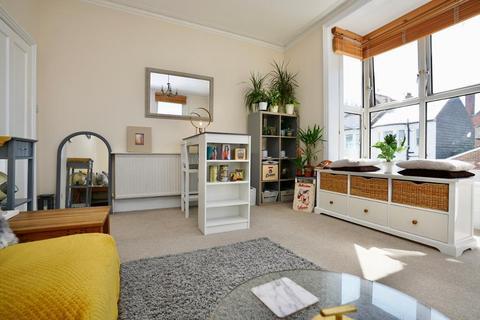 3 bedroom flat for sale - Cowper Street, Hove, BN3 5BP