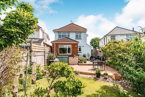 4 bedroom detached house for sale - Penhill Road, Lancing