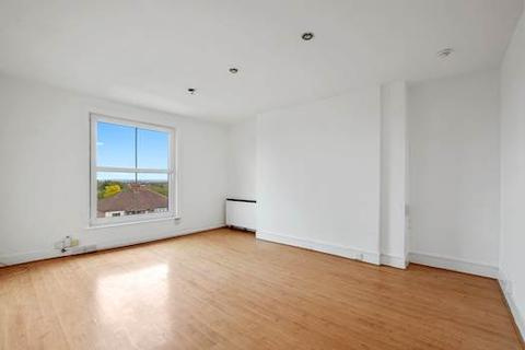 2 bedroom apartment for sale - Westheath Road, London