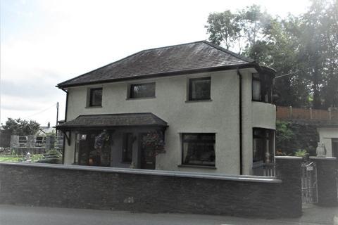 4 bedroom detached house for sale - Borth Road, Porthmadog