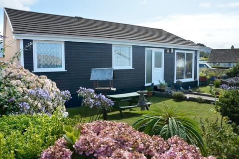 3 bedroom bungalow for sale - 5 GIBBONS FIELDS, MULLION, TR12