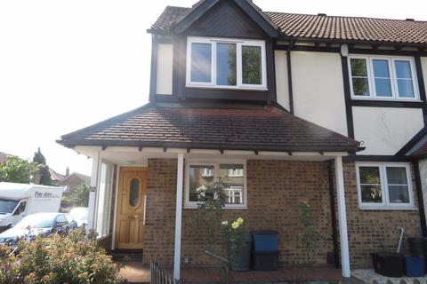 2 bedroom house to rent - Fullers Rd, London