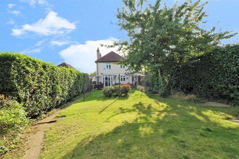 4 bedroom detached house for sale - Barnehurst Avenue, Bexleyheath