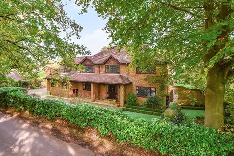 6 bedroom detached house for sale - Heathway, Camberley, GU15