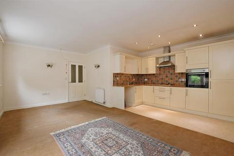 2 bedroom apartment for sale - Sheffield Road, Dronfield