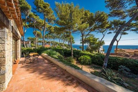 3 bedroom villa - Cap D'Antibes, Alpes Maritimes, Cote D'Azur