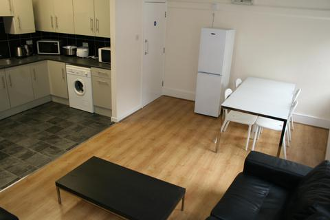 7 bedroom apartment to rent - Flat A, 38 - 40 Trippett Lane, Sheffield, S1 4EL