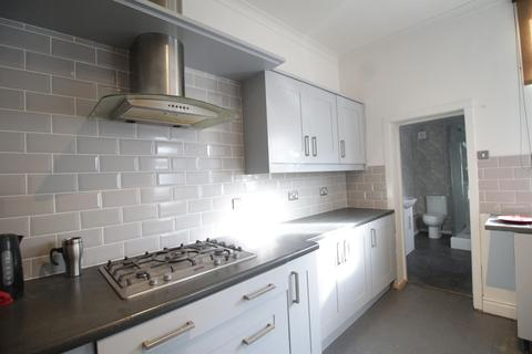 5 bedroom terraced house to rent - Hampstead Road, Liverpool, L6 8NH