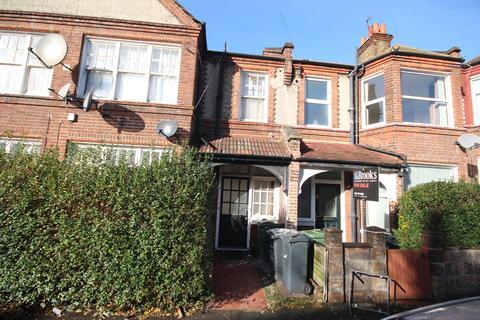3 bedroom flat to rent - Babington Road, London SW16
