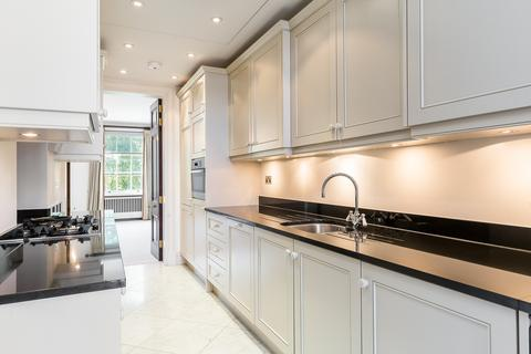 2 bedroom house to rent - Grosvenor Square, London, Mayfair, W1K